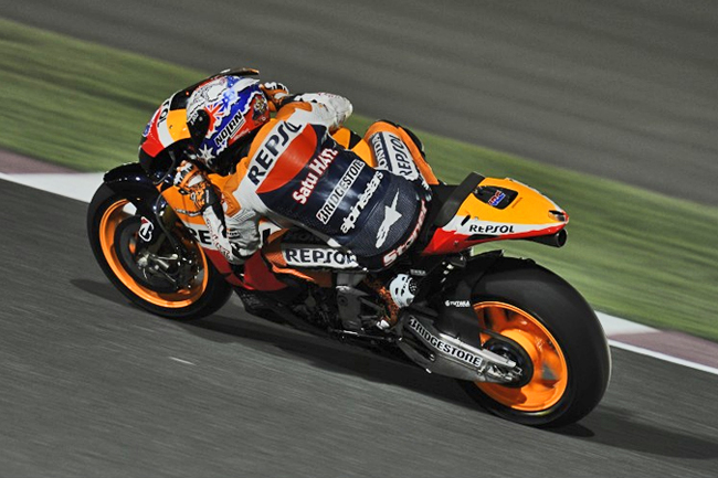 Aussie Casey Stoner enters the 2011 MotoGP series as title favourite with Repsol Honda, using an all-new transmission system that could boost him to the W come Sunday.