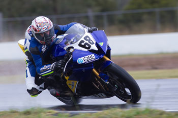 Scott storms to Queensland ASBK Supersport pole