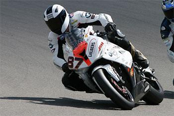Jones joins Monster Energy Yamaha for 2013 IDM Superbikes
