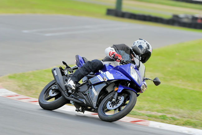 Tested: 2013 Yamaha YZF-R15 V2.0