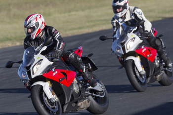 Bookings for Sandown BMW RR Experience test rides open