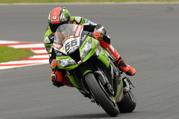 Sykes sets Friday pace at Silverstone World Superbike round