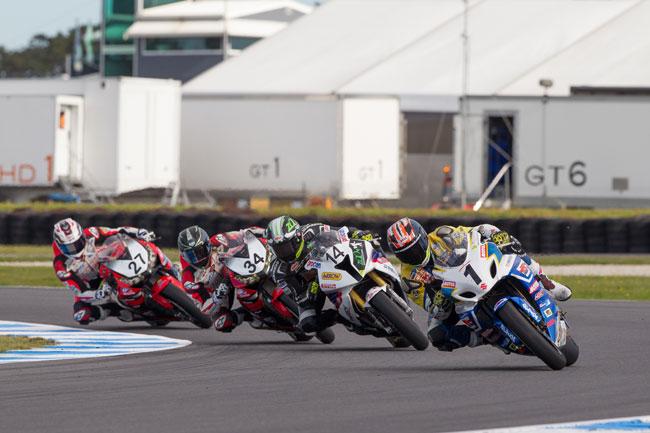 Wednesday Wallpaper: Australian Superbikes at Phillip Island