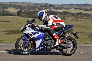 Tested: 2014 Yamaha YZF-R1