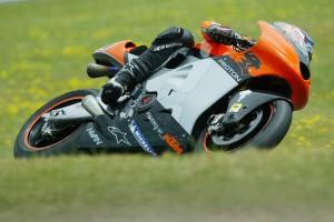 KTM developing MotoGP-based superbike for 2017