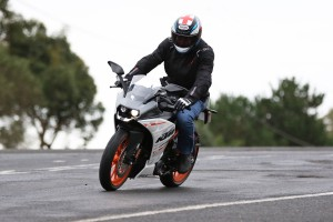 Review: 2015 KTM RC 390