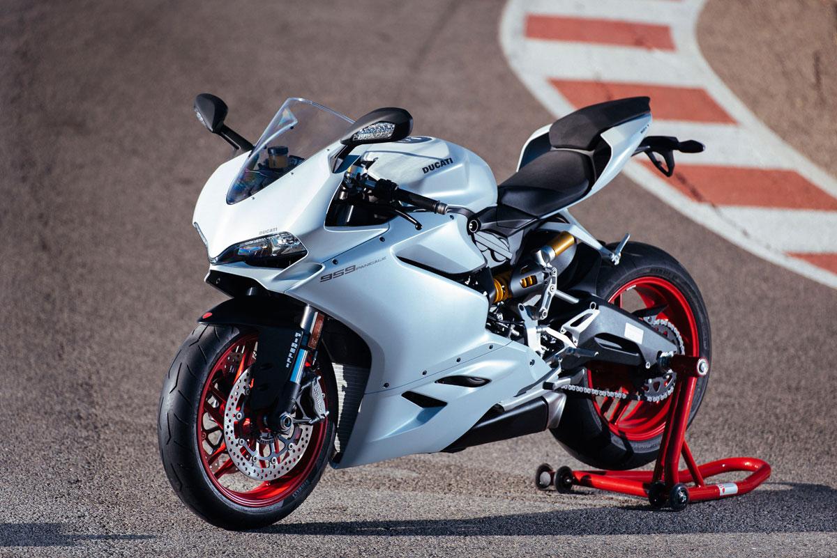 Ducati Panigale    Braking