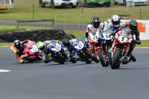 Hit and Miss: 2016 ASBK Rd1 Phillip Island