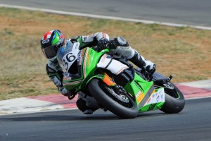 Hit and Miss: 2016 ASBK Rd2 Wakefield Park