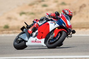 Viral: Honda RC213V-S - Precision hand-built for road and track