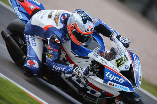 Iddon tops tight first day of BSB practice at Oulton Park