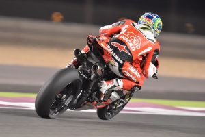 Davies does the Qatar double to conclude WorldSBK season