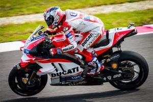 Dovizioso scores second MotoGP pole of 2016 in Malaysia