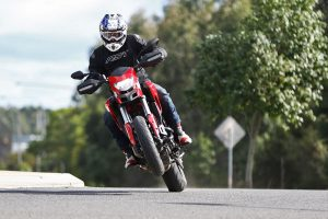 Review: 2016 Ducati 939 Hypermotard