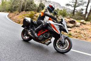 Review: 2016 KTM 1290 Super Duke GT