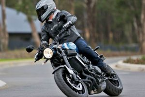 Review: 2016 Yamaha XSR900