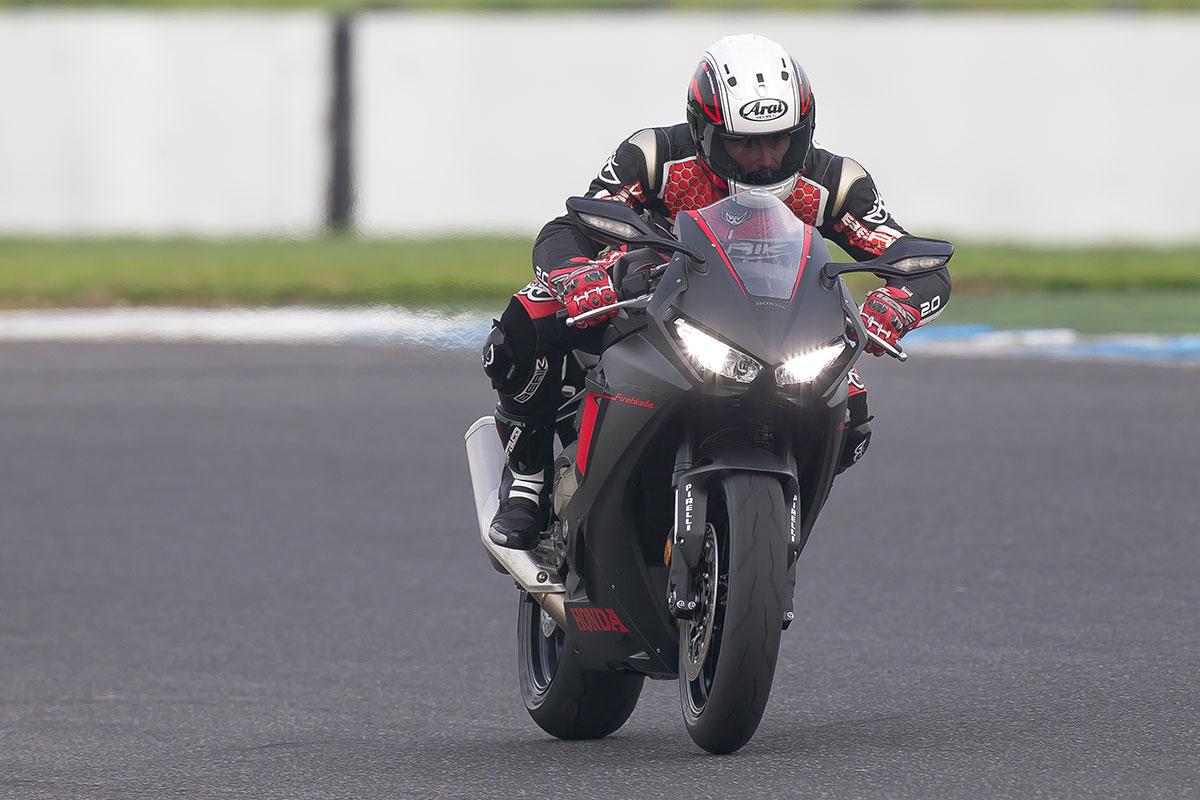 Review 2017 Honda Cbr1000rr Cycleonline Com Au
