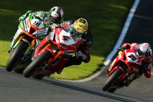 Haslam and Linfoot split BSB victories at Oulton Park