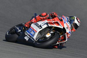 Lorenzo fastest in Friday MotoGP practice at Valencia