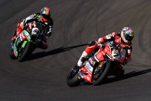 Race on for second in WorldSBK between Sykes and Davies