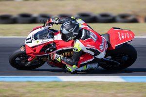 Penrite Honda Racing ASBK team powers into Wakefield Park