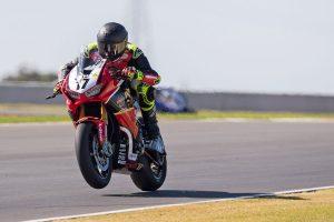 Penrite Honda Racing's Herfoss increases ASBK advantage at The Bend