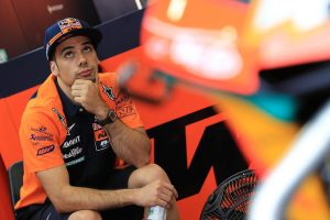 Oliveira signs MotoGP deal with KTM Tech3 for 2019 season