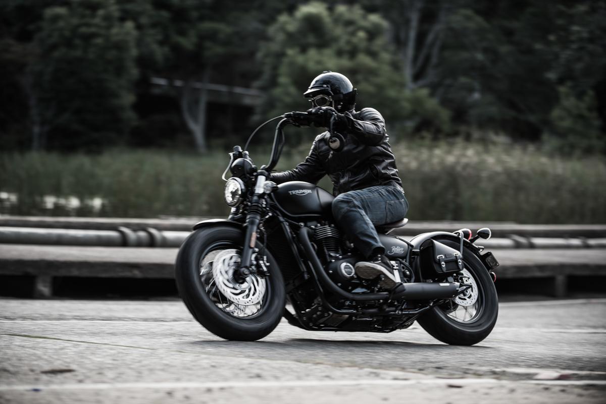 Review 2018 Triumph Bonneville Bobber Black Cycleonlinecomau