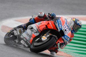 Dovizioso wins dramatic Valencia MotoGP finale