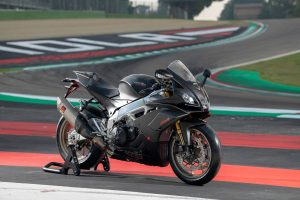 Wallpaper: 2019 Aprilia RSV4 1100 Factory