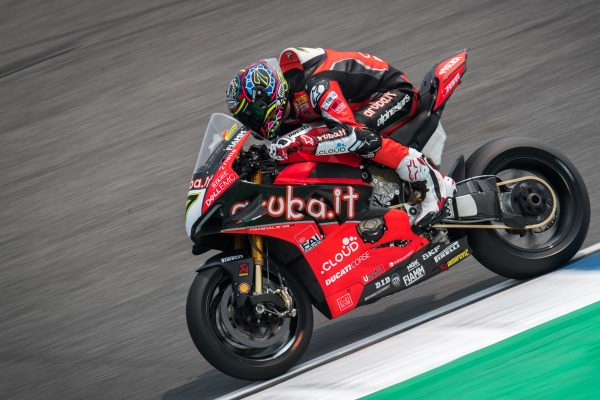 Technical problem forces Davies into early Thai WorldSBK retirement