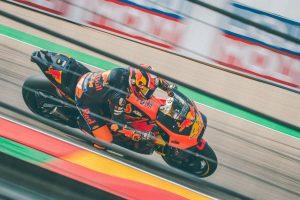 Espargaro undergoes wrist surgery following FP4 crash in Spain