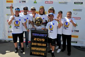 Toparis secures maiden Supersport championship